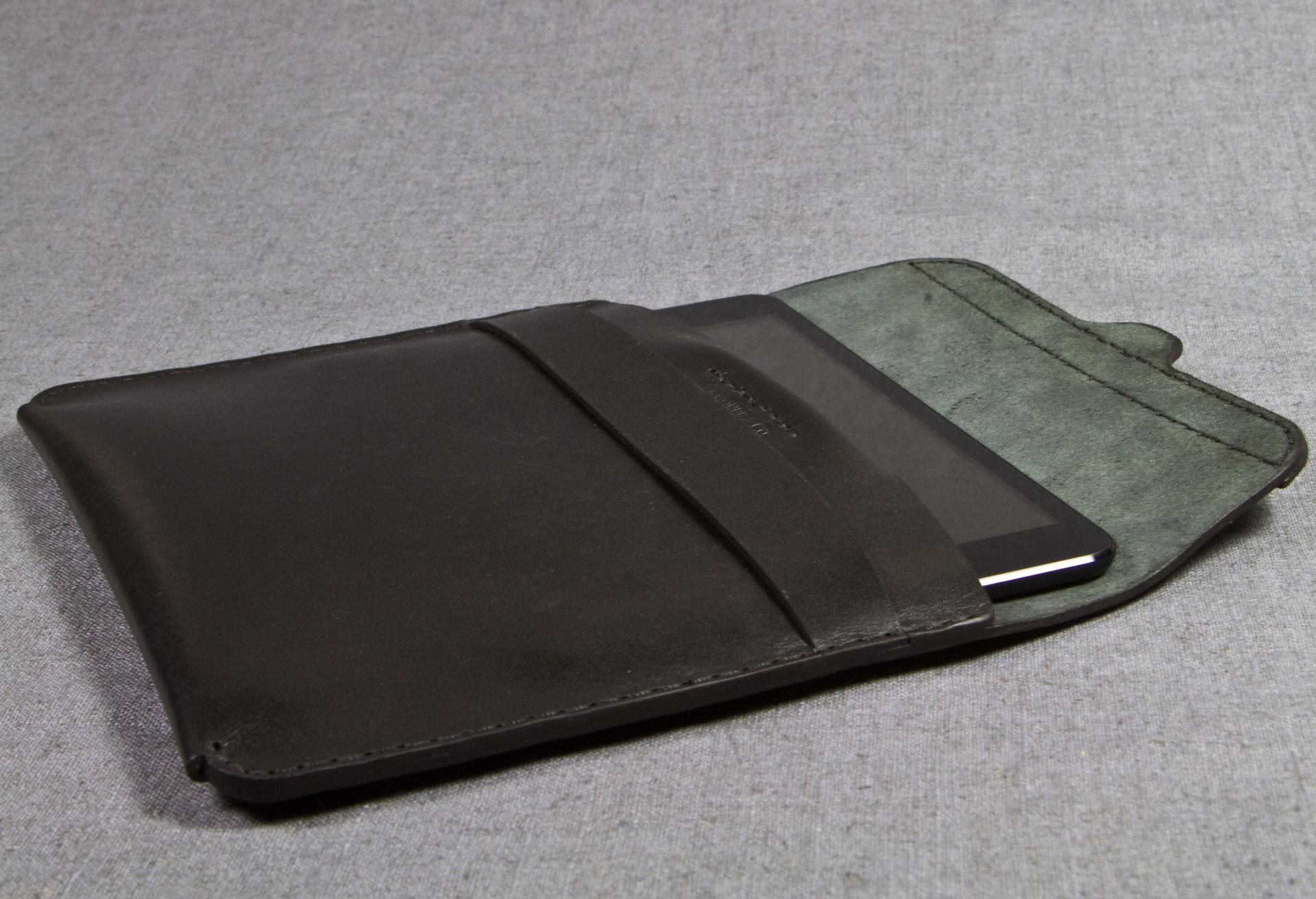 No. 221 Tablet Case